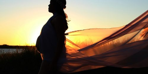 Birthing Naturally with Hypnotherapy