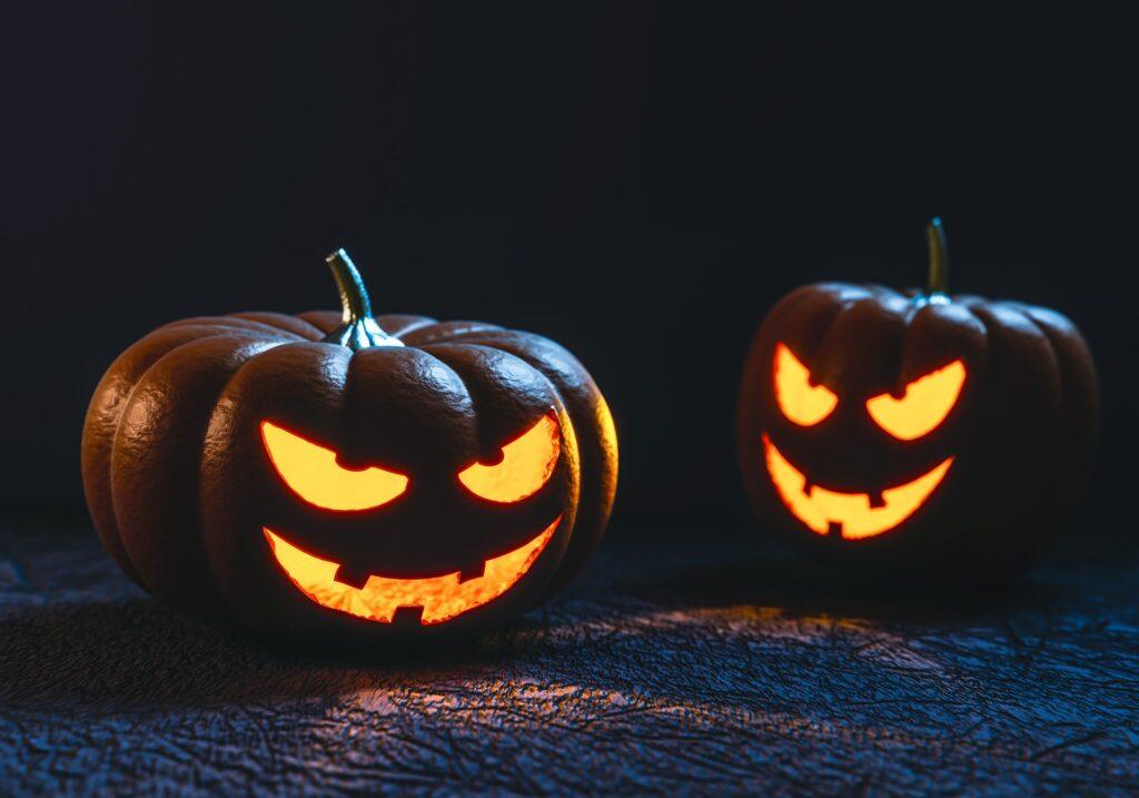carve pumpkin fall bucket list for couples