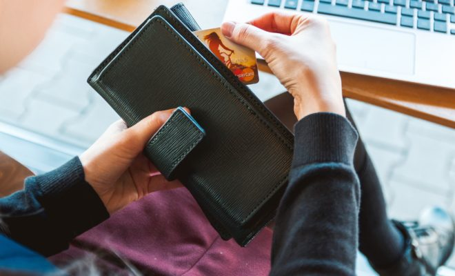 6 Smart Ways to Increase Your Credit Score