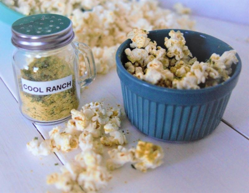 How to Make Popcorn Without Oil + 6 Vegan Popcorn Seasoning Recipes