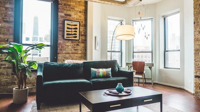 7 Easy Living Room Cleaning Hacks